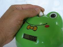 Cofre plástico formato Sapo, contador de moedas